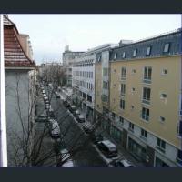 Blick Richtung Rotkreuzplatz (Ubahn)